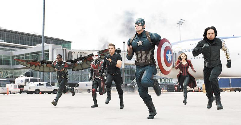 Captain America: Civil War (***)