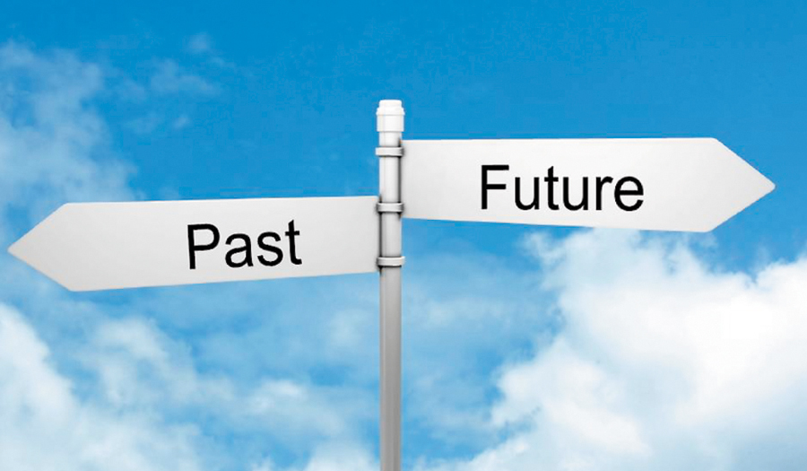 Bobbi past_future