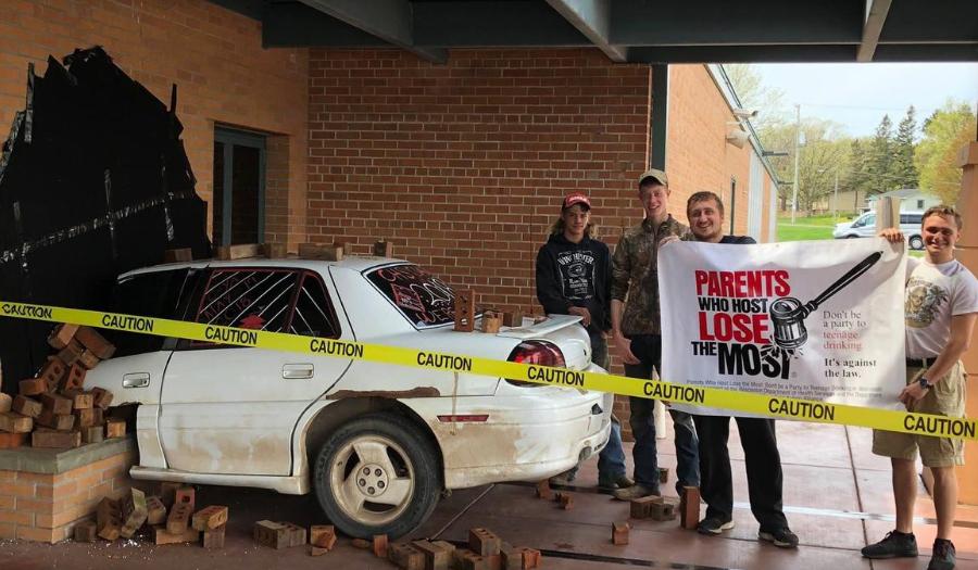 Police Praise Wisconsin Students For Great Senior Prank
