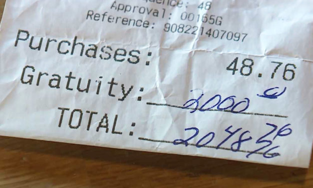 Maine Restaurant Customer Leaves $2000 Tip For Staff