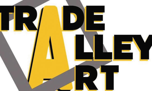 Spring Fashion Show At Trade Alley Art, Wednesday, April 17