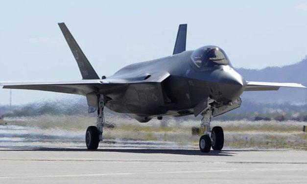 US Air Force Created Some  Unique Contrails Over Phoenix