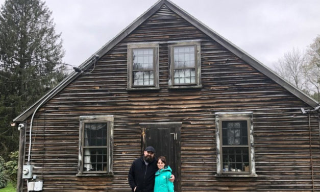 Couple Buys Home That  Inspired The Conjuring Movie