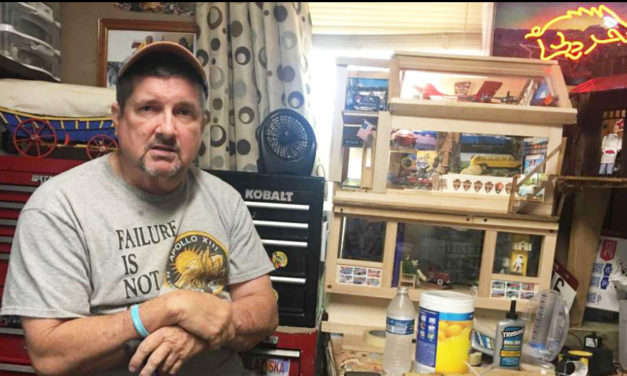 Man With Parkinson's Builds  And Donates Doll Houses