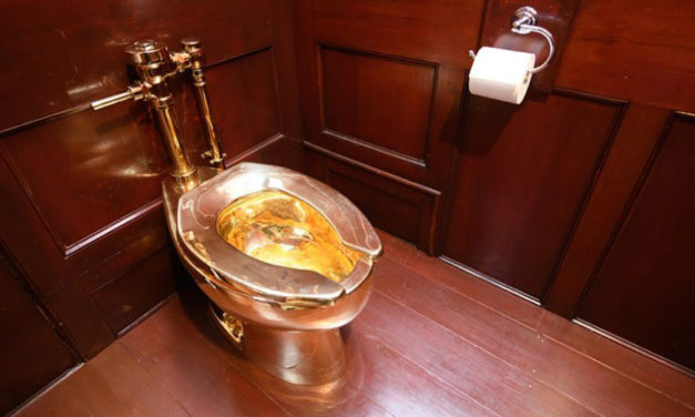 Solid Gold Toilet Stolen From Winston Churchill's Home