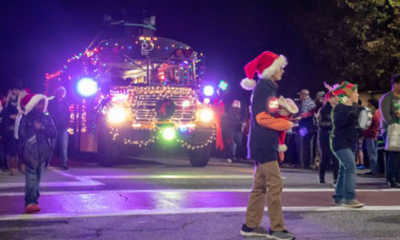 Hickory Kicks Off The Holidays With Parade & Tree Lighting, 11/22