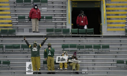 85 Yr. Old Fan's Streak Of Packers Playoff Games Will Go On