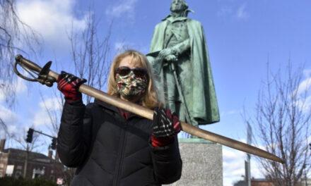 Remorseful Man Returns Statue's Stolen Sword After 40 Years