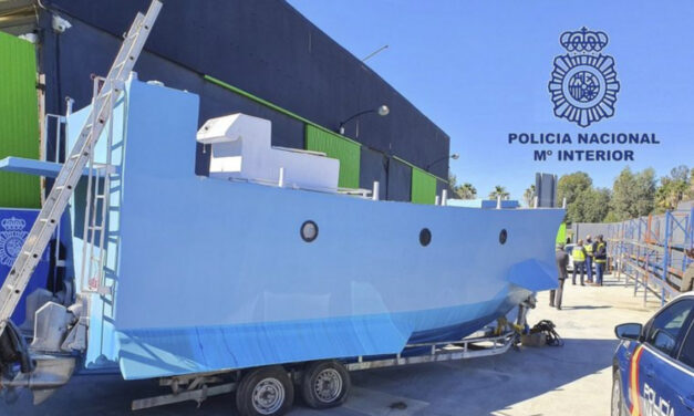 Spanish Police Sink Drug  Smugglers' Submarine Plans