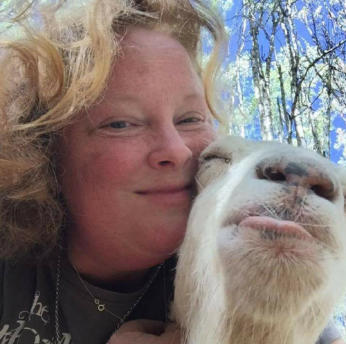 'Farming Life' With Dawn Mathews
