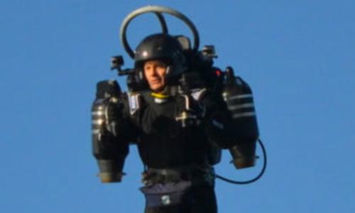 Los Angeles Air Traffic Control Warns 'Jetpack Guy Is Back'