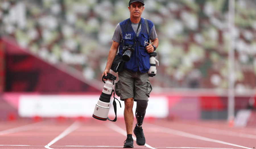 Photographer, His Leg Lost, Seeks Answers From Paralympians