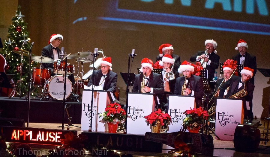 Tickets On Sale Now For HMF's 1940s Christmas Radio Hour