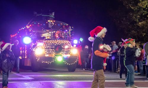 Entries For Hickory's Christmas Parade