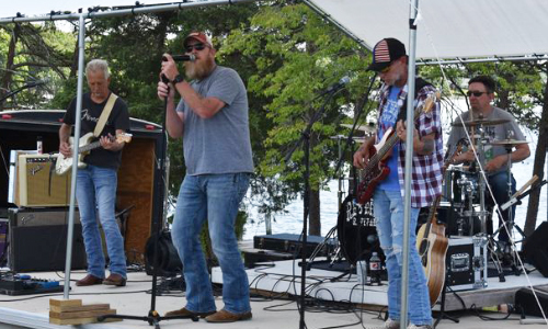 Statesville Hosts Red Dirt Revival